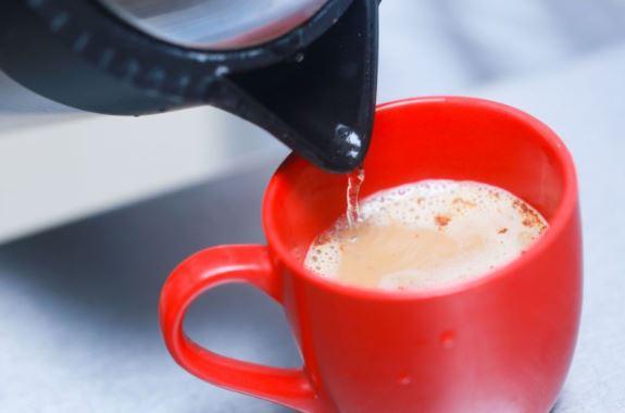 uống cà phê hoa tan có tốt không